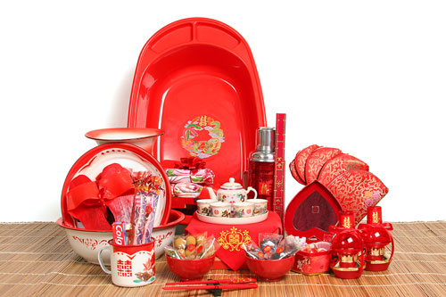 Chinese Wedding Gift Traditions: Dowry(hantaran)or Present For Wedding